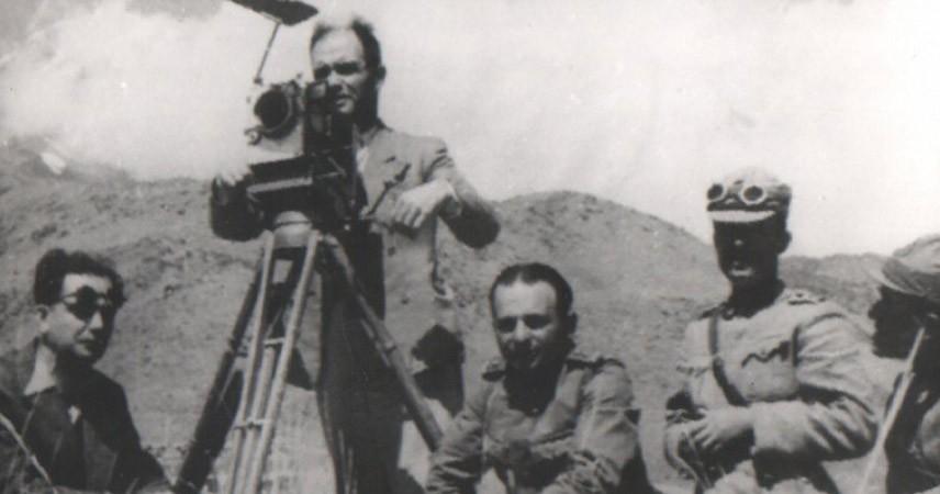 Fuat Uzkınay, kameraya geçerek Türk sinema sektörünü başlattı