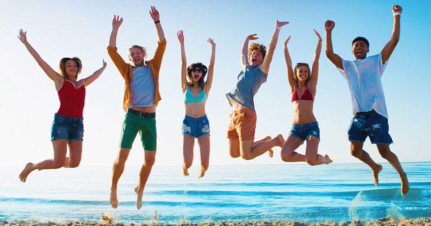 Gençler enerjisini atacak tatil istiyor