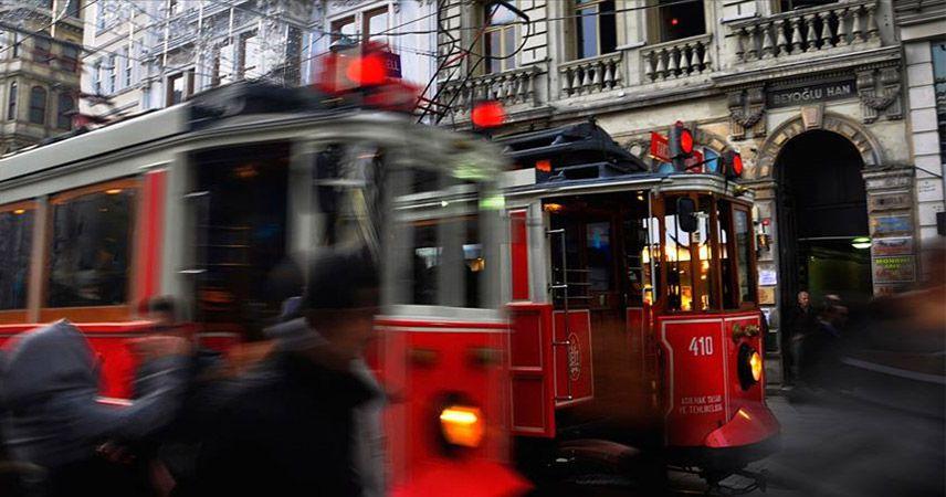 Tünel ve nostaljik tramvay turist çekiyor
