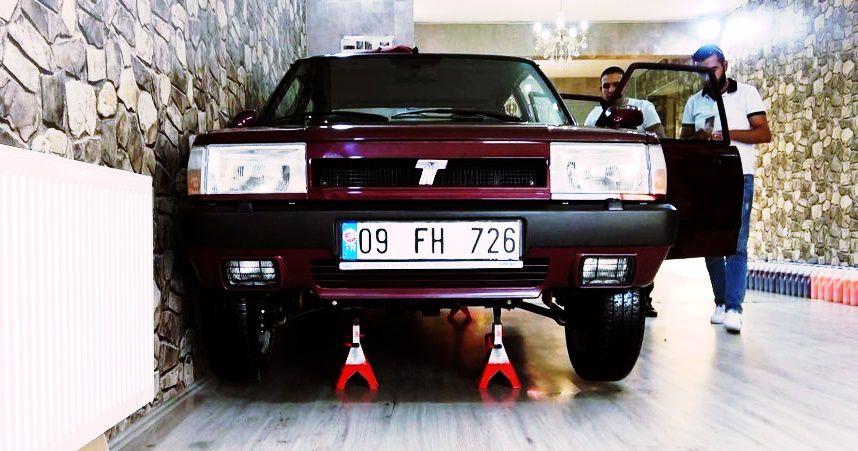 Bu arabanın modeli 97 ama fabrikadan yeni çıkmış gibi