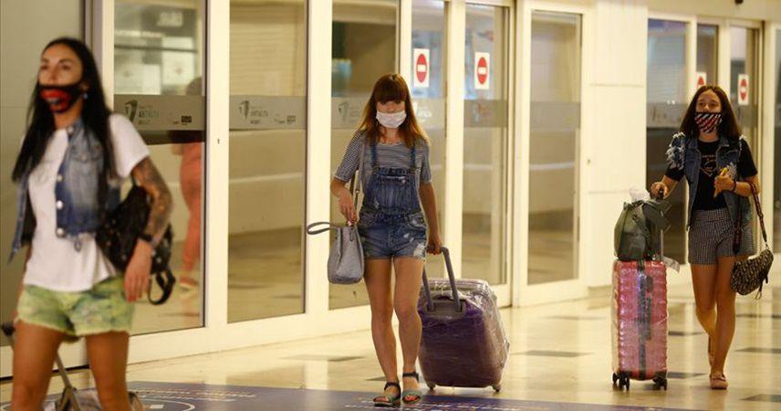 Ukraynalılar güvenli tatil için Türkiye'de