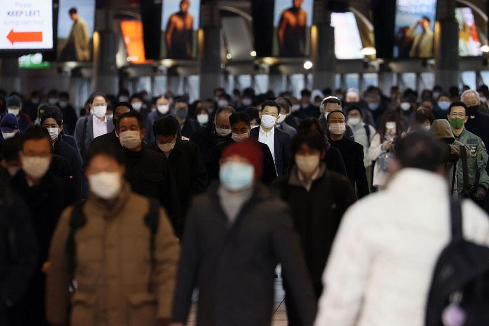 Japonya'da Covid-19 nedeniyle 7 eyalette daha OHAL ilan edildi