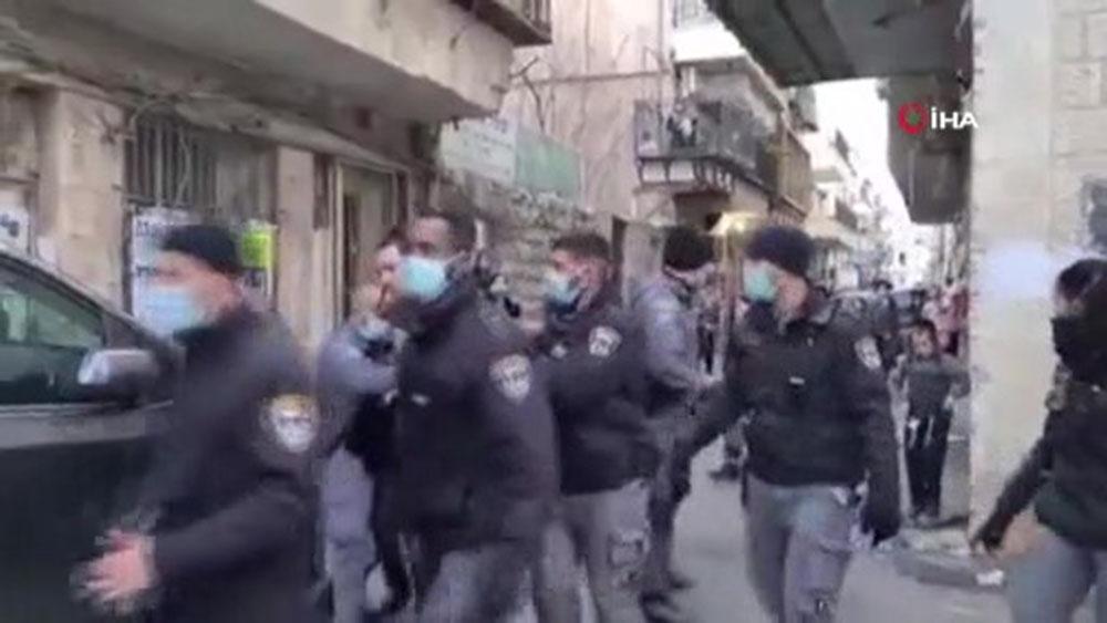 İsrail'de karantinayı ihlal eden 7 Ultra-Ortodoks Yahudi gözaltına alındı