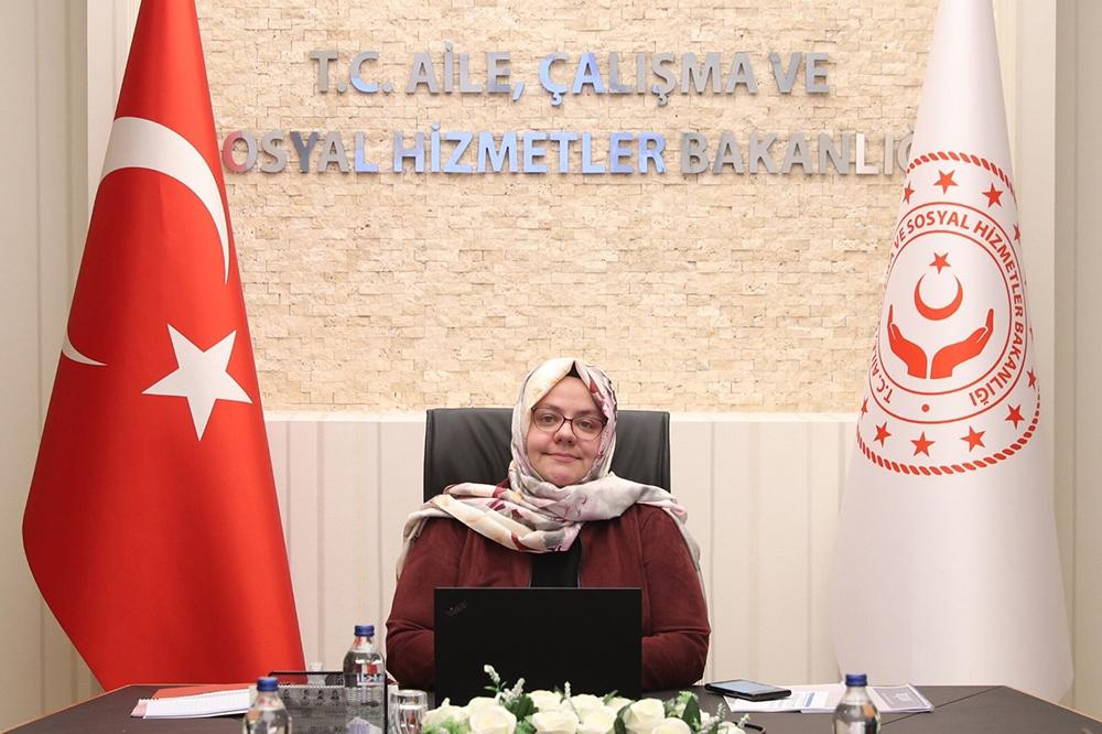 """Bakan Selçuk: """"İŞKUR Kampüs 166 üniversitede hizmet veriyor"""""""