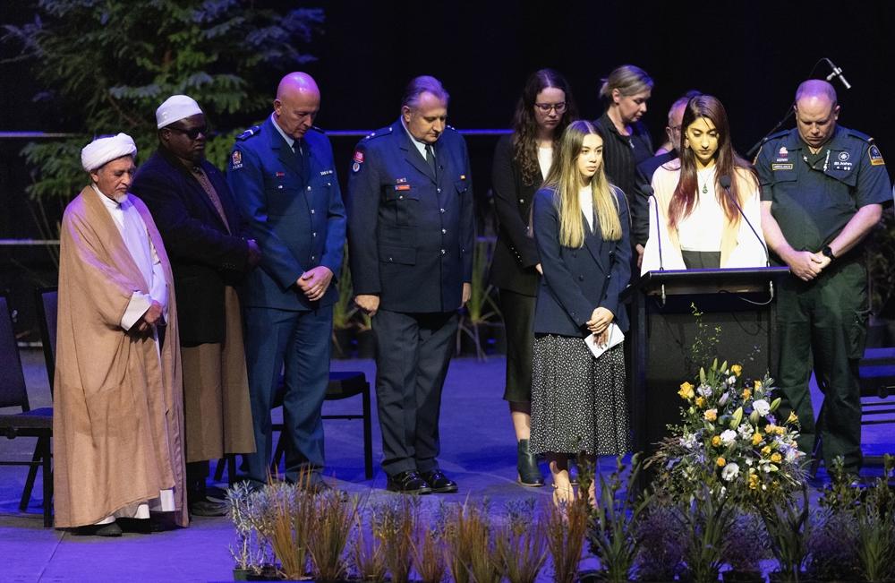 Yeni Zelanda'da cami saldırılarının 2'inci yıl dönümünde terör kurbanları anıldı
