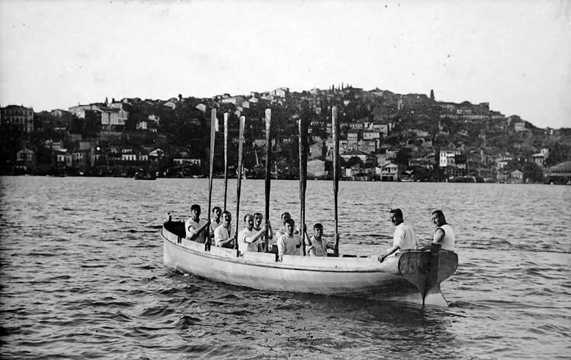 Galatasaray Lisesi sanayicilerin yetiştiği bir merkez.
