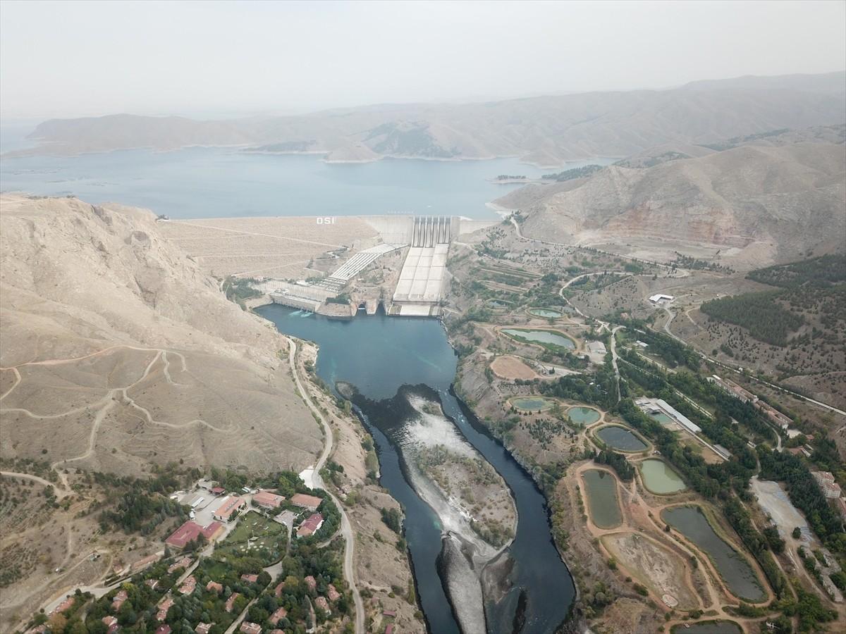 Hidroelektrik santralleri arasında ikinci olan Baraj, 2019 birim fiyatlarıyla bugüne kadar enerji üretimi bakımından milli ekonomiye 93.8 milyar lira katkıda bulundu.