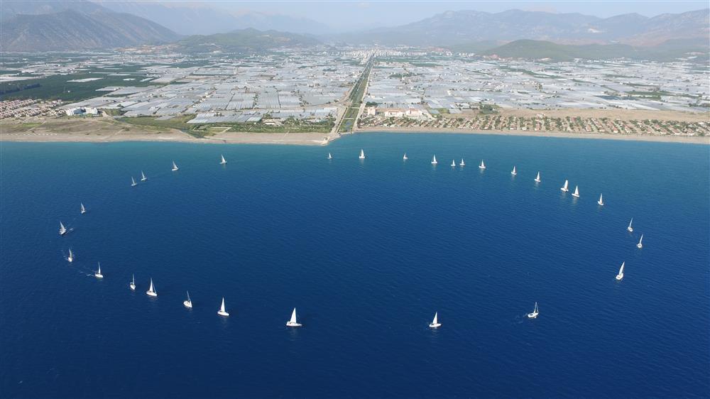 Bu yıl 31'inci düzenlenecek uluslararası yelken yarışı ve deniz festivali 21-26 Ekim tarihleri arasında düzenleniyor.