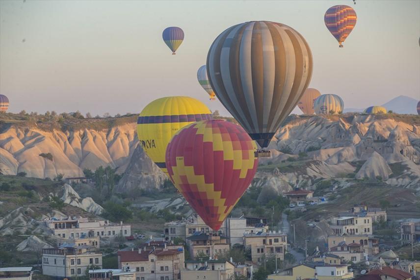 KAPADOKYA Nevşehir'in Uzak Doğu'yu büyüleyen beldesi Kapadokya kasım ayında mutlaka çok daha güzel olacak.