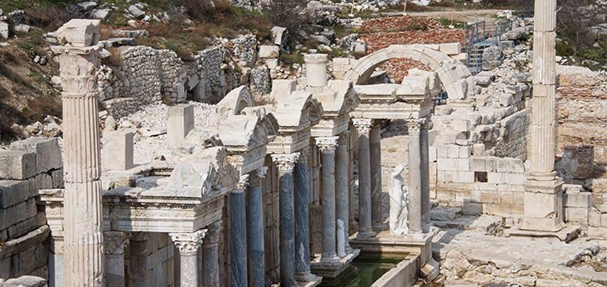 BURDUR Türkiye'nin her ilinde tarihi kalıntılar bulmak mümkün. burdur'da bu güzelliklerde nasibini alıyor.