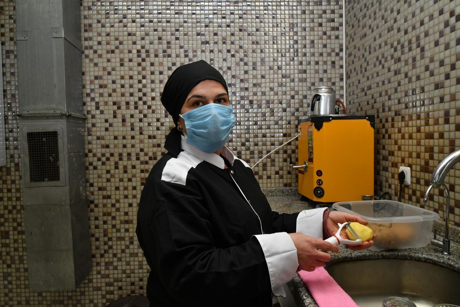 Bin kişiye istihdam kapısı açan Büyükşehir, iş arayanlarla işverenleri buluşturuyor