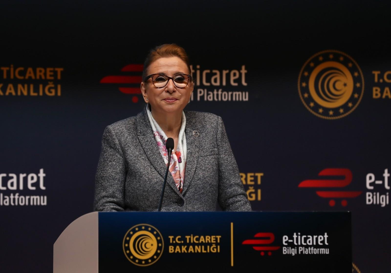 """Bakan Pekcan: """"Türkiye şimdiden küresel ölçekte hızla büyüyen e-ticaret ve e-ihracat pazarlarında va"""