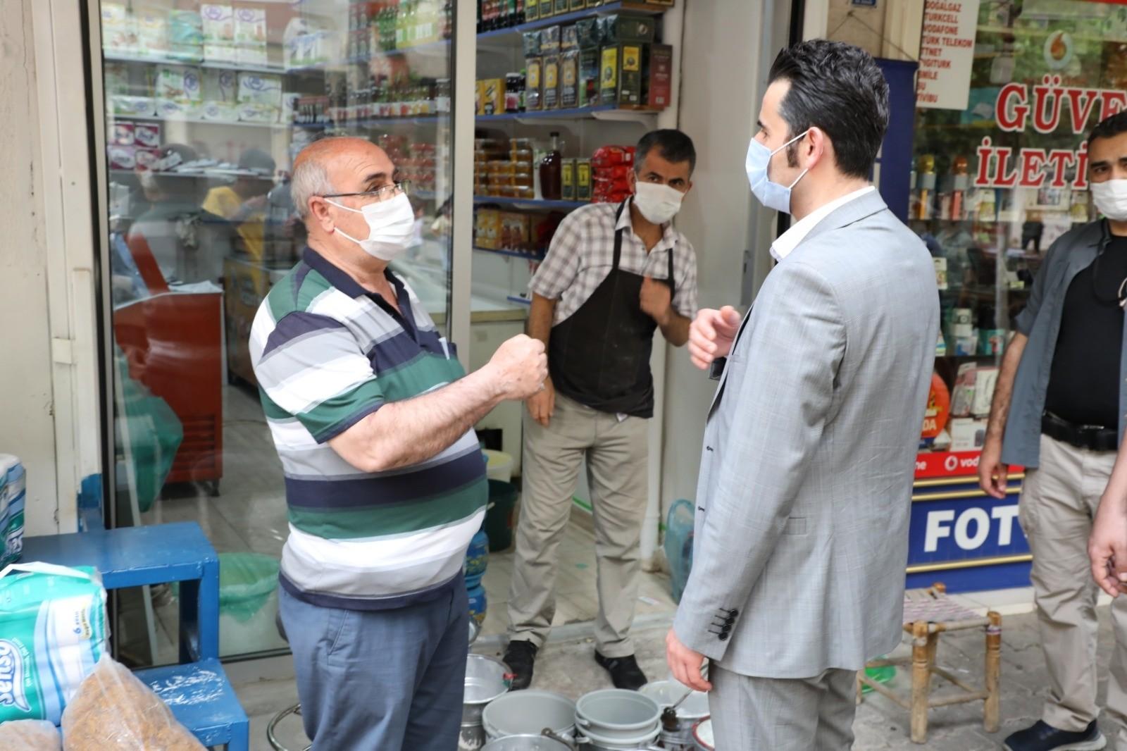 Yenişehir Belediyesinden esnafa vergi indirimi - Son dakika ekonomi  haberleri