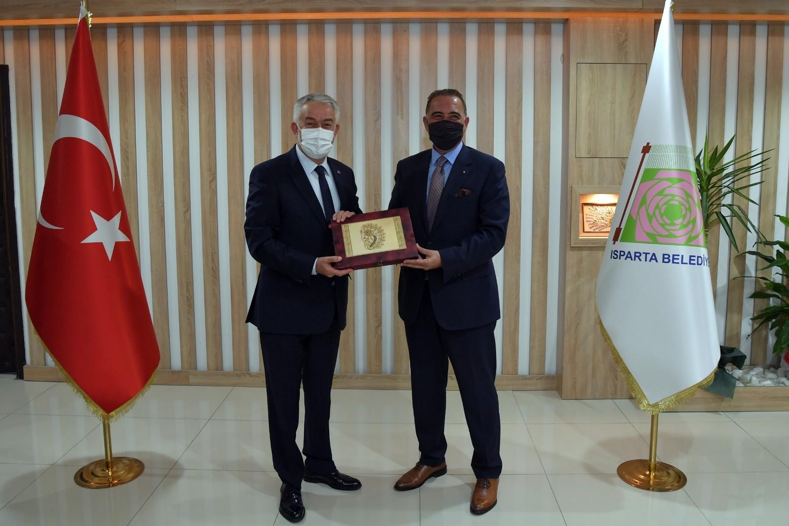 Bangladeş ve Cezayir Büyükelçileri Isparta'da