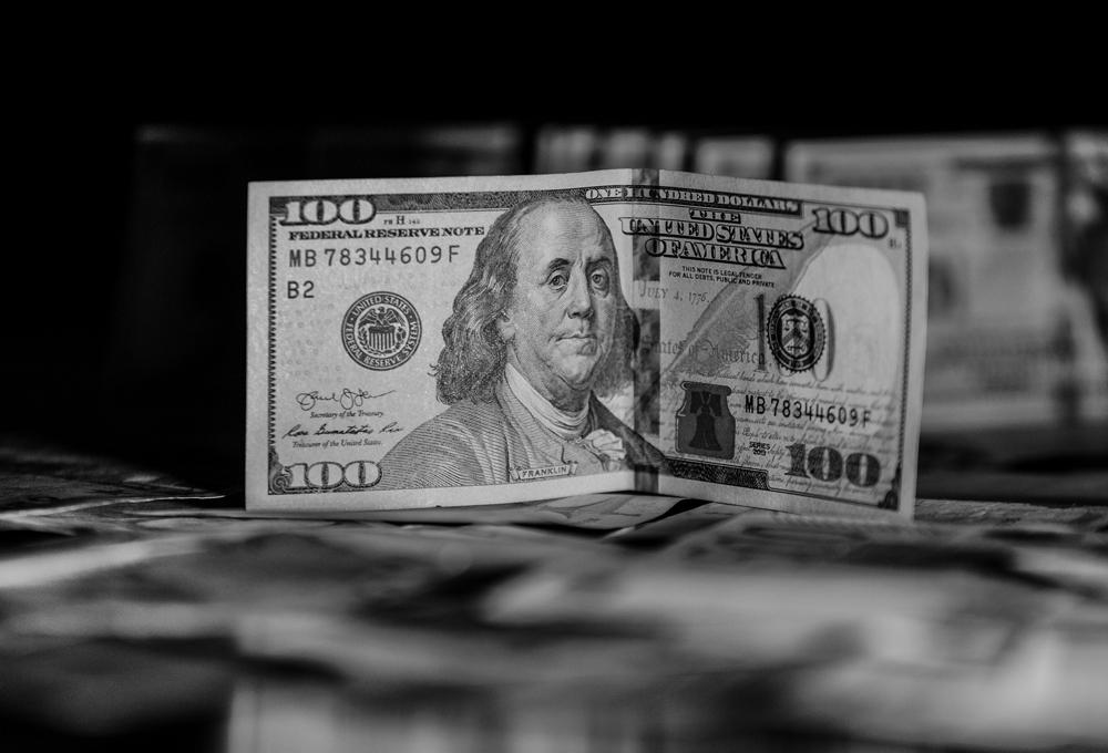 Yılsonu dolar kuru beklentisi ve büyüme beklentisi arttı
